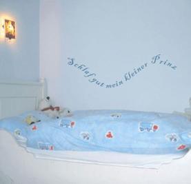 silbensalon-wandtattoo-schlaf-gut-mein-kleiner-prinz-30-cm